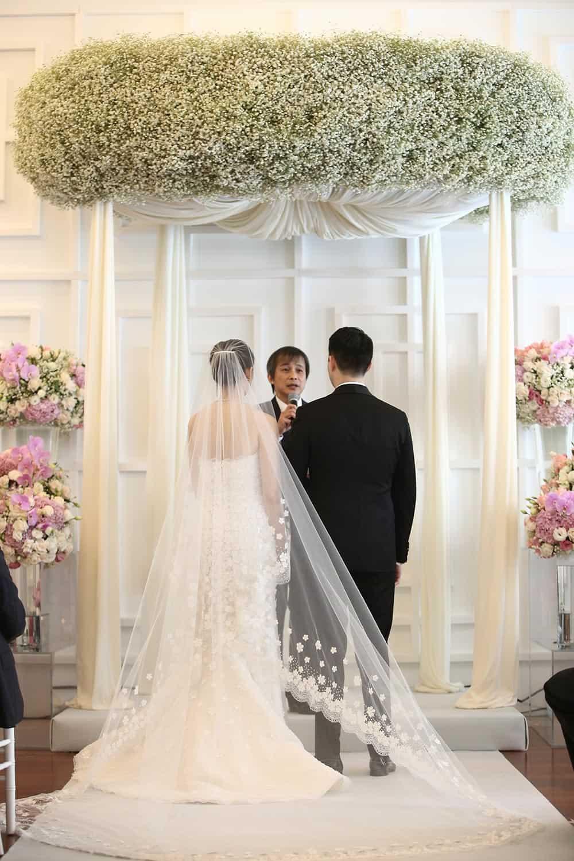 prop, lamp, flower rental for wedding 7